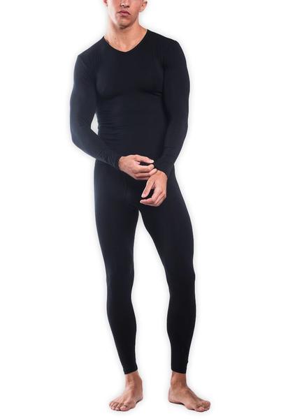 TANI Usa SilkCut Thermal Underwear Set Black - Model Facing Forward