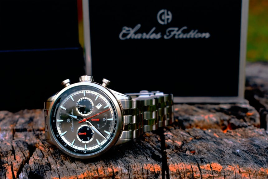 Watch Gang Review (Black Tier): Charles Hutton Aristocrat lying on its side next to box and on a wooden stump