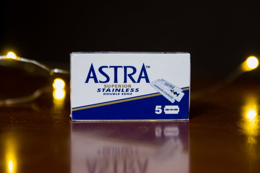 Astra Superior Stainless Replacement Blades from The Personal Barber Subscription Box