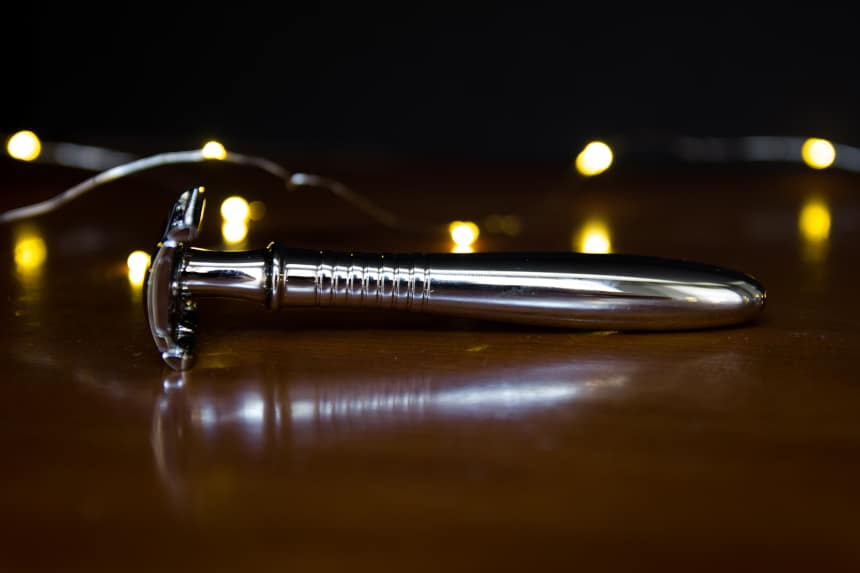 The Personal Barber Premium Double Edged Safety Razor Side On