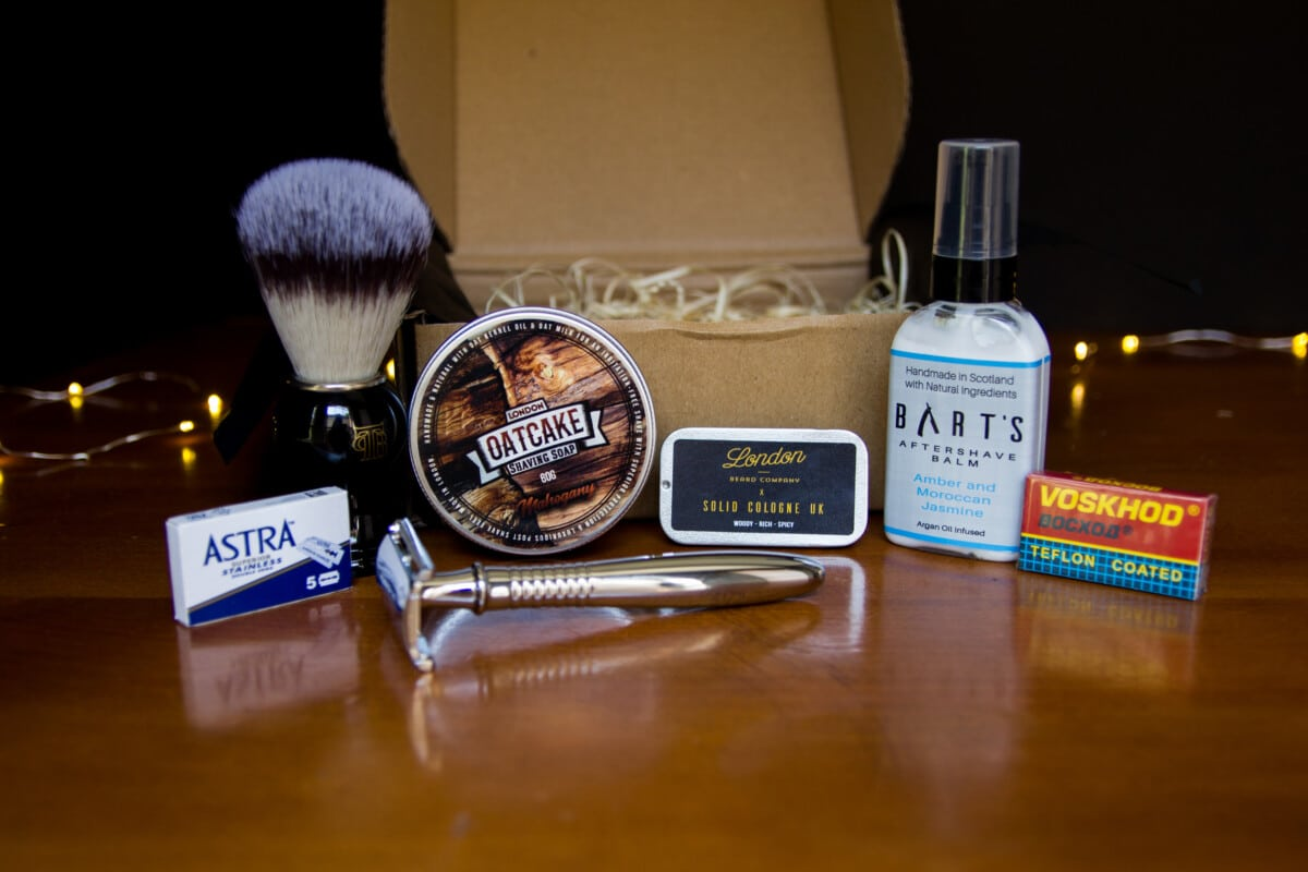 The Personal Barber Review - Front on Shot of all Products sitting outside of box