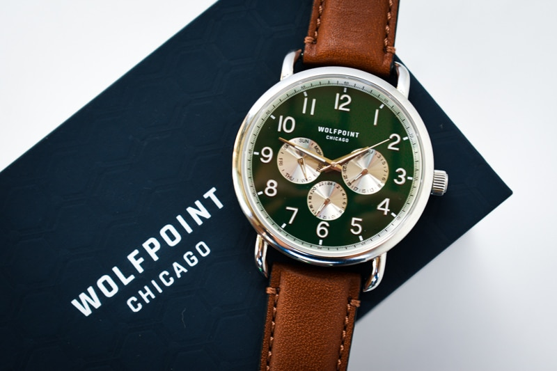 Wolfpoint fort dearborn forest green watch on blue case
