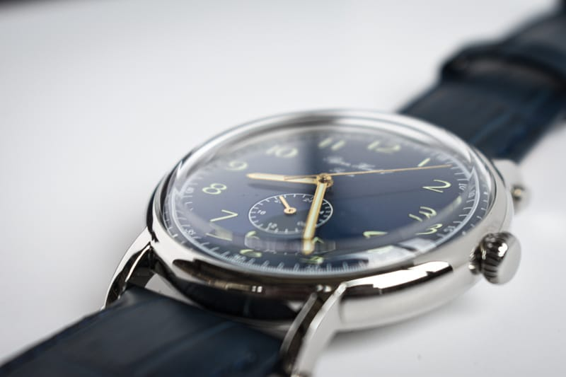 blue dial flytande dome plexi crystal