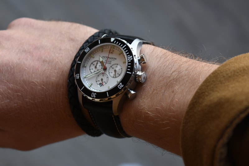 jack mason halyard sport crown detail on wrist
