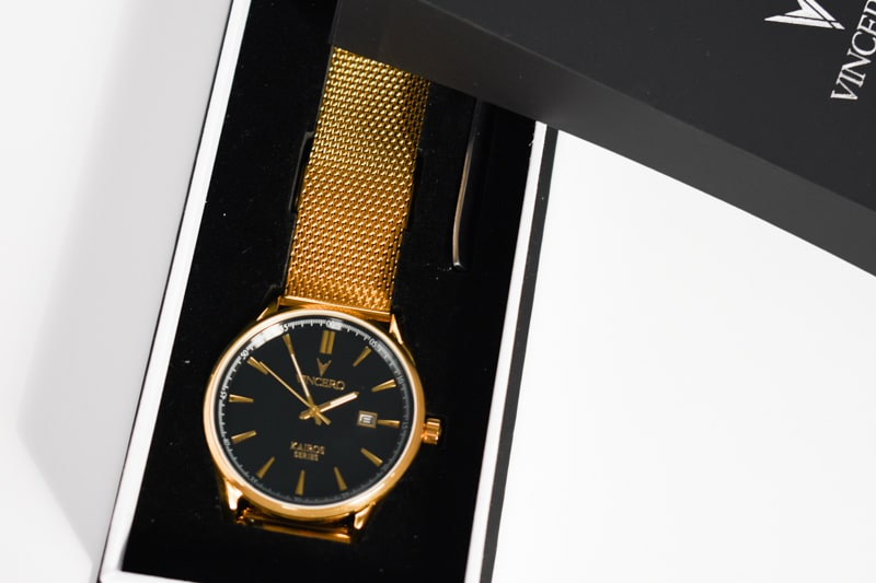 Vincero Kairos gold strap in box