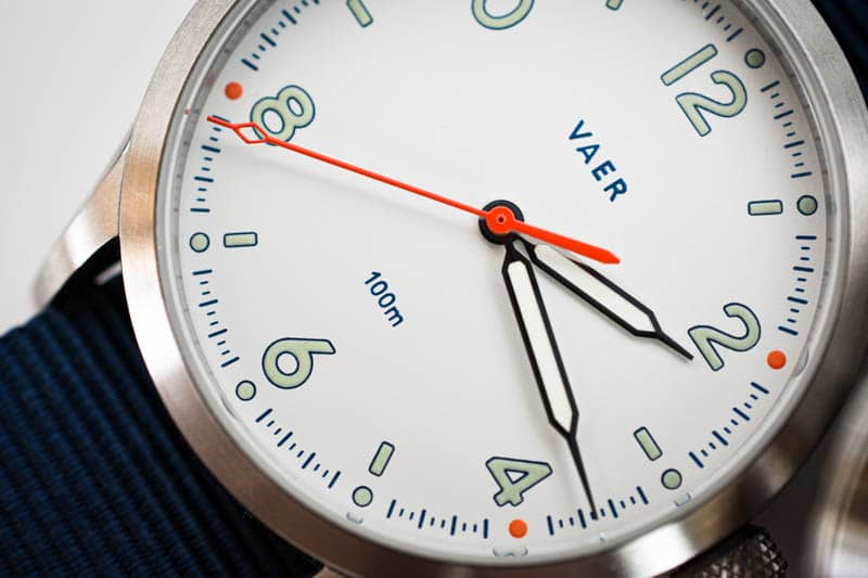 vaer s5 white dial closeup hour and minute hand detail